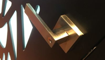 Características de las cerraduras para puertas de madera